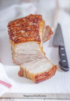 Przepis na pieczony boczek z solanki. Solanka do mięsa. Soczysty boczek pieczony z chrupiącą skórą. Mięso moczone w solance. Pieczony boczek.
