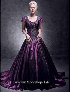 """purple paraphanalia   Über 1.000 Ideen zu """"Lila Abendkleider auf Pinterest   Kurze ..."""
