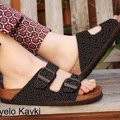 New design from fabianz factory  Zyelo Kavki - woman Size 36 -40  Sintetic leather printing  For order:  bbm 5C7C9376 WA : +6282111649988
