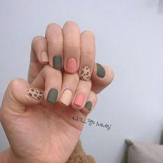 Pastel Nails, Cute Acrylic Nails, Cute Nails, Minimalist Nails, Perfect Nails, Gorgeous Nails, Stylish Nails, Trendy Nails, Orange Nail Designs