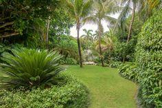 Tropical Backyard, Tropical Landscaping, Garden Entrance, Beach Gardens, Garden Landscape Design, Amazing Gardens, Hgtv, Awards, Oasis