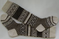 Scandinavian pattern rustic autumn knit knee-high grey white wool socks