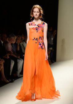 El glamour de Milan Fashion Week SS2014 Pasarela de Alberta Ferretti