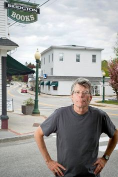 Stephen King at Bridgton Books in Bridgton, Maine Castle Rock Stephen King, Stephen King House, Stephen King Quotes, Stephen King Books, Bridgton Maine, Book Writer, Writer Quotes, Film Quotes, Steven King