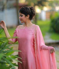Pink Chandheri Suit with Sugarbead Highlights - Products Salwar Designs, Kurti Neck Designs, Dress Neck Designs, Stylish Dress Designs, Kurta Designs Women, Kurti Designs Party Wear, Stylish Dresses, Blouse Designs, Designer Anarkali Dresses