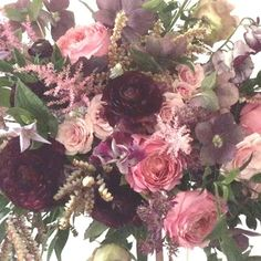 Here comes wedding season...bring it on!  This one for Leah and I am lovin these muted tones..