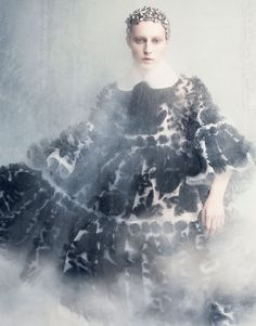 Vogue Japan September 2014   Julia Nobis by Luigi & Iango