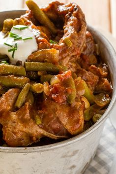 This green bean stew or as its called in South Africa - Bredie - is comfort cooking at its best. Make in your slow cooker or crockpot, for an easy nutritious dinner. South African Recipes, Indian Food Recipes, Green Bean Stew Recipe, Mutton Stew Recipe, Pulses Recipes, Chicken Recipes For Kids, Dinner Dishes, Dinner Recipes, Slow Cooker Recipes