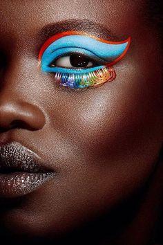eye art, incredible work, vivid colors.