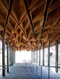Hoshakuji Station, plywood ceiling 3D pattern. Kengo Kuma