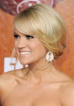 Carrie Underwood's gorgeous loose bun