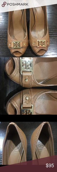 Tory Burch leather wedges very beautiful. Tory Burch leather wedges very good condition a lot of life very beautiful. Tory Burch Shoes Wedges