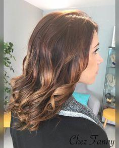 Ombré hair marron caramel : la tendance coiffure de la rentrée à suivre…