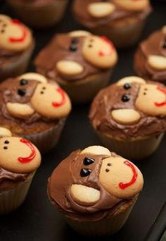 An army of monkey cupcakes made out of small and large Nilla Wafers