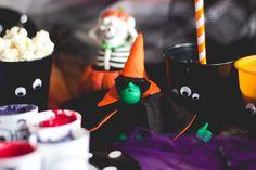 Melina Souza - Serendipity <3  http://blog.kipling.com.br/blog/diy/d-i-y-copinhos-monstros/  #Halloween #diadasbruxas #DIY #Kipling #KiplingBr