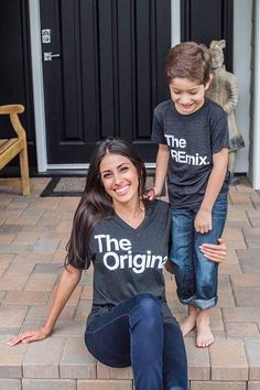 Original Remix Mommy and Me Matching outfits Daddy and Mother Son Matching Outfits, Mom And Baby Outfits, Mother Daughter Outfits, Kids Outfits, Matching Clothes, Mothers Day Shirts, Mom Shirts, Fashion Kids, Fashion Games