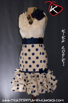 the only time I like polka dots! African Dresses For Women, African Wear, African Fashion Dresses, Ghanaian Fashion, African Women, Skirt Fashion, Fashion Outfits, Men's Fashion, Flamenco Costume