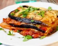 Low Carb No-Noodle Eggplant Lasagna Recipe Zucchini Lasagna Recipes, Veggie Lasagna, Eggplant Recipes, Veggie Recipes, Vegetarian Recipes, Cooking Recipes, Healthy Recipes, Healthy Meals, Vegan Vegetarian