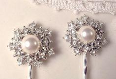 White Ivory Pearl & Rhinestone Vintage Wedding Bridal Hair Pin Pair, Silver Heirloom Jeweled Bobby Pins Set of 2, Vintage Modern Round Clips