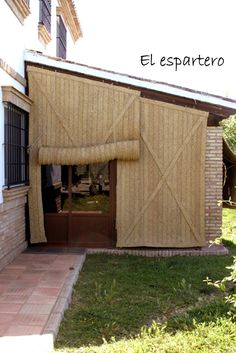 home decor decoration Outdoor Patio Rooms, Outdoor Cabana, Casa Patio, Outdoor Blinds, Outdoor Living, Outdoor Decor, Old Style House, Patio Shade, Rustic Curtains