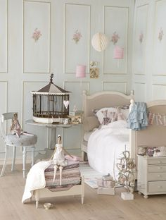 This room decor comes from a book published by Tilda - a French fabric retailer.  It includes patterns and tutorials in order to create items featured in the book.  Claradeparis.com loves it
