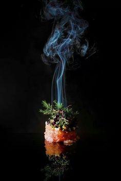 Smoked Veal tartare, caviar, horseradish, watercress | dish . Gericht . plat | Food. Art + Style. Photography: Food on black by Mads Refslund |