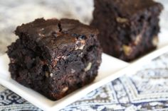 Dark Chocolate Vegan Walnut Brownies