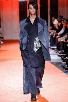 Yohji Yamamoto Fall 2018 Menswear Collection - Vogue