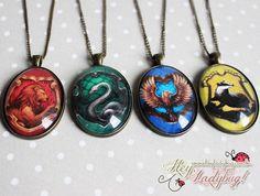 Colar Casas de Hogwarts - Hey Ladybug