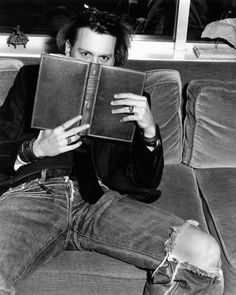 Reading is sexy 'Johnny Depp