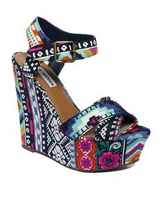 patterned wedge