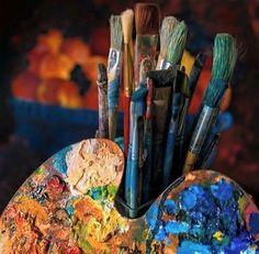 A pallete of color on an artist's pallet. Shotting Photo, Art Hoe Aesthetic, Aesthetic Painting, Art Watercolor, Atelier D Art, Artist Life, Paint Brushes, Art Studios, Art Drawings