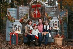 Christmas Minis! » Kim Deloach Photography Old Doors outside as backdrop....can be dressed up for many photo mini sessions: