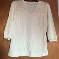 White Lace Accent Top ( Size Small) Lace Accents. Quarter Sleeves. Off white. Size Small. Super cute and airy! V neck and unique collar. Cotton, Modal and Spandex. Tops Blouses