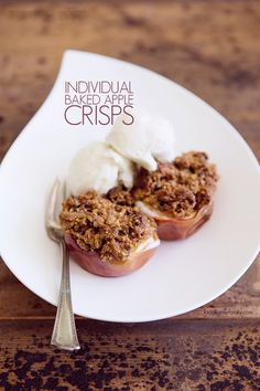 Individual Baked Apple Crisps FoodforMyFamily.com