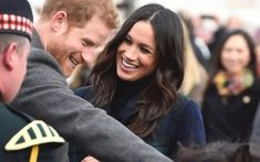 How to get rich girl hair at home. How to blow dry and style your hair like Kate Middleton and Meghan Markle. Here, we explain the secret to Royal-worthy hair. Meghan Markle, Kate Middleton, Rich Girl Hair, Acupuncture For Anxiety, Cleopatra Beauty Secrets, Beauty Routine Checklist, Beauty Regimen, Beauty Tips, Facial Massage