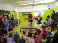 """No dia de Carnaval, 17 de fevereiro de 2015, realizamos um concurso de máscaras subordinado ao tema """"Roupas do Mundo"""".   Estes foram os nossos vencedores: 1.º Prémio - Artur Lutucuta (2.º Ano do 1.º CEB) - Pescador Africano 2.º Prémio - Inês Ribeiro (3.º Ano do 1.º CEB) - Marroquina 3.º Prémio - Margarida Sousa (4.º Ano do 1.º CEB) - Chinesa  #colegiodealfragide #amadora #portugal #carnaval #concursomascaras"""