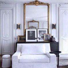 I'm so loving this #beautiful #serene #white #room #interiordesign #interiordesigninspiration #architecture #gold #mirror #bliss  #moulding #ilovethis