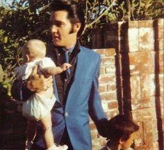 Elvis and daughter Lisa-Marie..