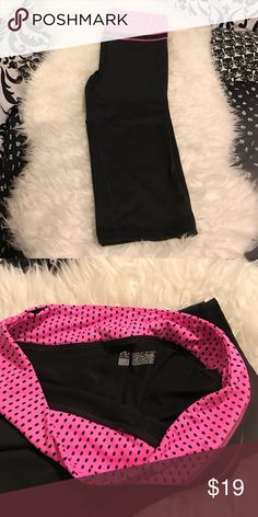 VSX sport cropped pants VSX sport cropped pants PINK Victoria's Secret Pants Ankle & Cropped