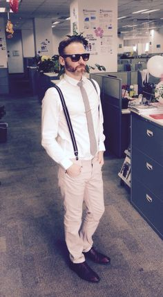 H&M Black Suspenders  H&M White shirt  Off-white pants Zara's brown leather shoes Black and White plaid tie