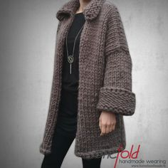 Knitwear, Pullover, Sweaters, How To Wear, Handmade, Fashion, Hand Made, Moda, Tricot