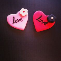 Love fondant heart cupcake toppers!