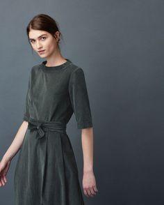 Boat-neck midi dress in a soft, fine needlecord.  Straight, elbow-length…