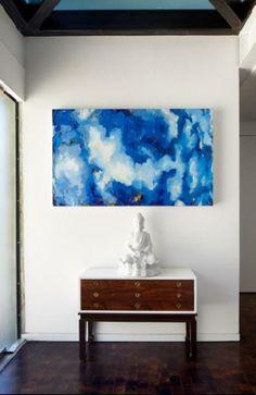 Голубая абстракция в холле