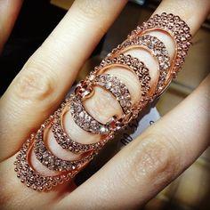 Roman Full Finger Ring