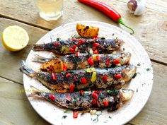 Marinated sardines with chilly and lemon