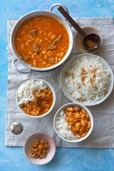 Middle East Food, Middle Eastern Dishes, Middle Eastern Recipes, Middle Eastern Vegetarian Recipes, Middle Eastern Decor, Lebanese Recipes, Indian Food Recipes, Ethnic Recipes, White Bean Recipes