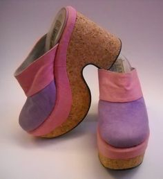 The Fashion Museum: Platform Clogs 70s Shoes, Retro Shoes, Crazy Shoes, Vintage Shoes, Clogs Outfit, Clogs Shoes, Shoe Boots, Shoe Shoe, Shoe Deals