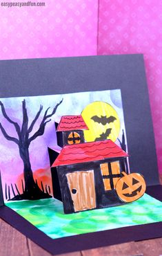 Printable Halloween Pop Up Card Template for Kids to Make. A fun Halloween craft activity for kids. halloween crafts for kids Halloween Crafts For Kids To Make, Halloween Craft Activities, Craft Activities For Kids, Diy Crafts For Kids, Art For Kids, Halloween Kunst, Soirée Halloween, Halloween Pop Up Cards, Halloween Printable